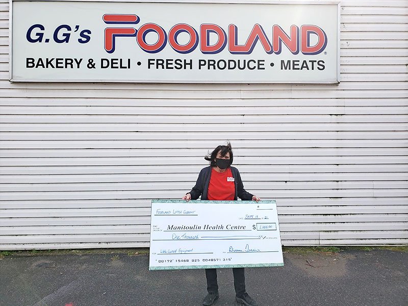 Foodland, Little Current gifts $1,000 to the Manitoulin Health Centre